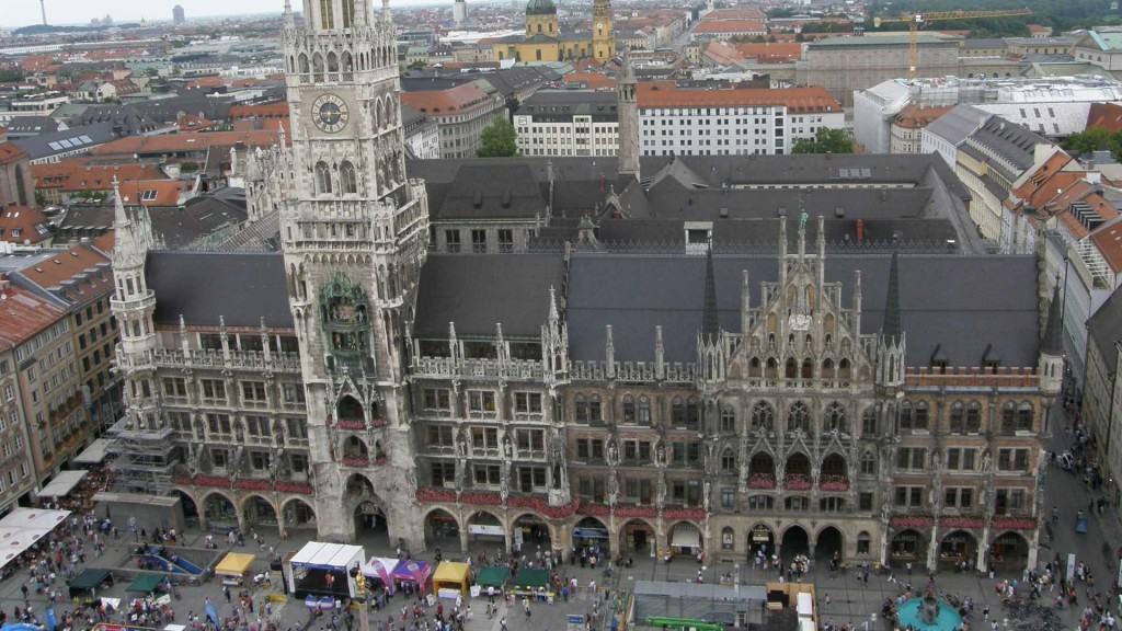 Munich Marienplatz and Rathaus